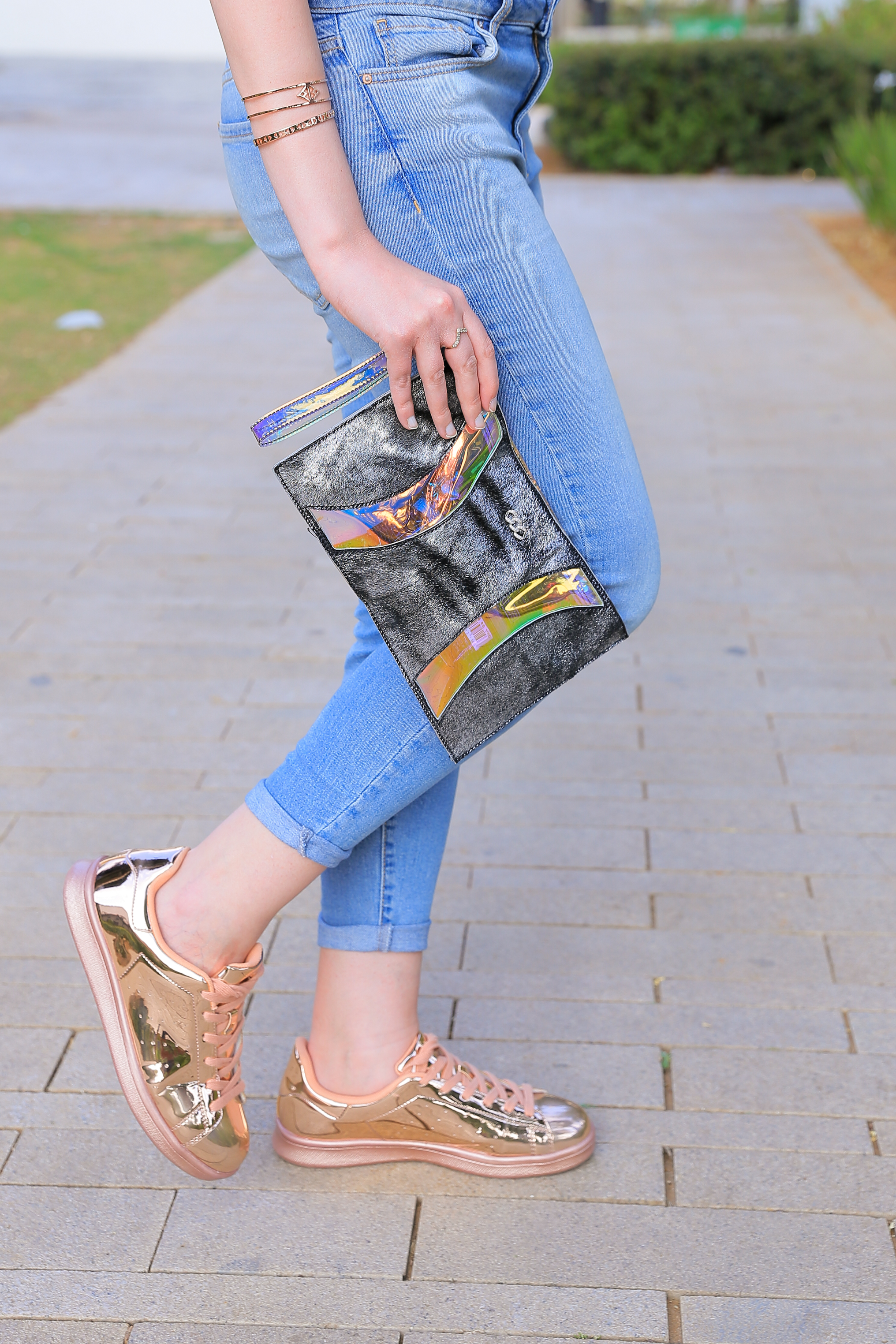 Rose Metallic sneakers & clutch